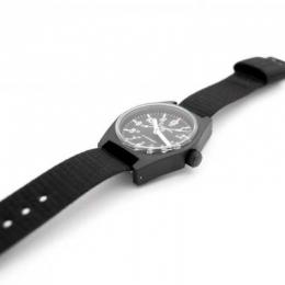 Часы наручные Marathon